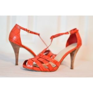 Nine West Red Orange Snow Bunny Heels in Size 6.5